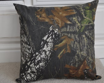 Mossy oak Pillow Cover- 18x18 inches- Hidden Zipper