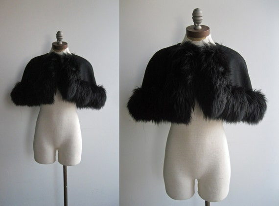 1960's Women's Cocktail Evening Black Wool Cropped Capelet Shrug Jacket Coat with Faux Fur Trim