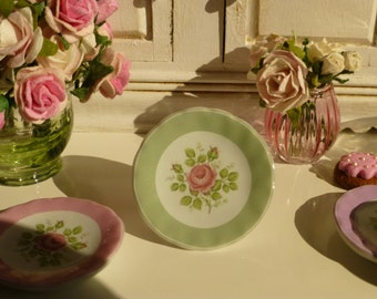 Vintage Green Rose  Plate for Dollhouse
