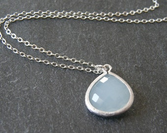 Blue Glass Stone Pendant Necklace, Bridesmaids Gifts, Bridal Jewelry, Mom Gift, Gift for Her