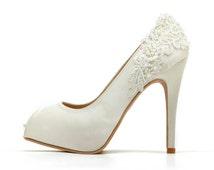 Ivory White Wedding Shoes,Ivory White Bridal Heels,Ivory White Satin Beaded Lace Wedding Shoes, Ivory White Lace Bridal Heels