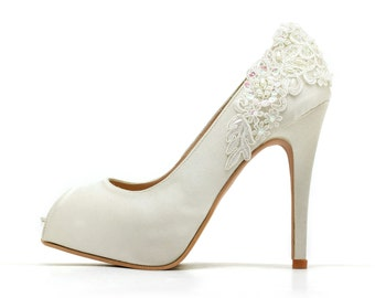 Ivory White Wedding Shoes,Ivory White Bridal Heels,Ivory White Satin Beaded Lace Wedding Shoes, Ivory White Lace Bridal Heels