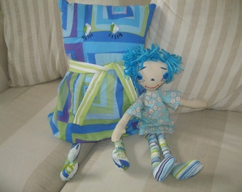 Pillow doll and cloth doll set