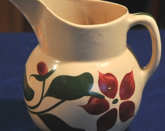 Watt Pottery Starflower Pattern Two Pint Pitcher