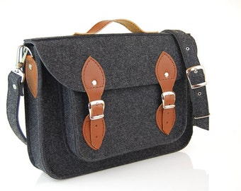 NEW lower price by more than 30%!!! Macbook Pro 17 inch, Felt Laptop 17 inch bag with pocket, satchel, CUSTOM SIZE