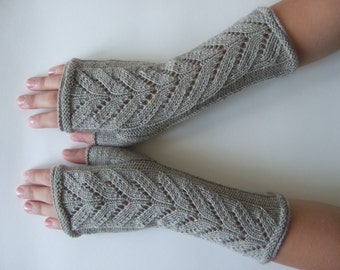 Knitted of 100 %  MERINO wool. Linen color (GRAY / BEIGE ) fingerless gloves, wrist warmers, fingerless mittens. Handmade.