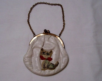 Vintage Leather  Purse w/chain and embroided cat w/red bow blue rhinestone eyes