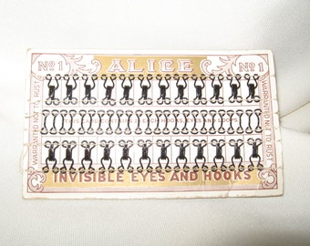 """Nice Vintage """"ALICE"""" No. 1 Invisible Eyes and Hooks Card"""