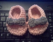 Crocheted Ballet Pink Slipper Baby Booties w/ Bows 0-6 Months / Newborn