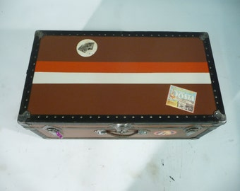 USA  trunk with  key