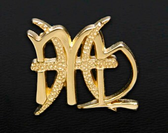 57 Virgo and Pisces Gold Unity Pendant