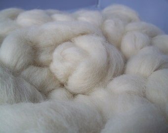 Whitefaced Woodland Spinning Fiber, White,Roving, Top, 100g / 3.5oz, Rare Breed