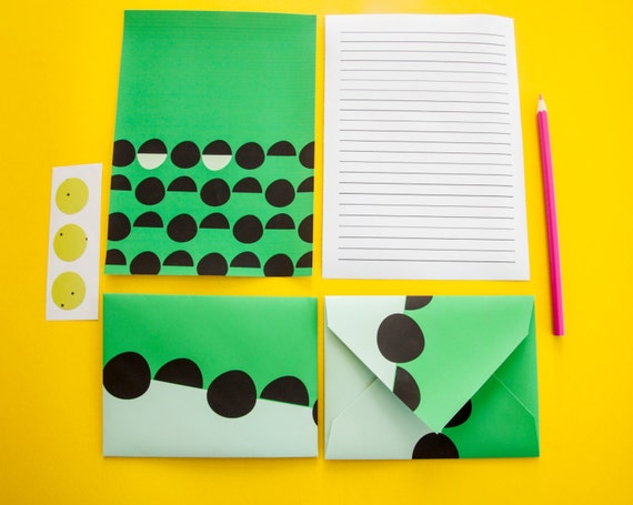 Colorful Letter Set Stationery: Circle & Green