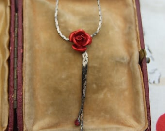Modern necklace with red rose detail      8