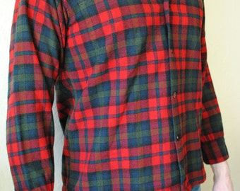Vintage 1970s 1980s Men's Pendleton Plaid Board Shirt **No Pockets** size M