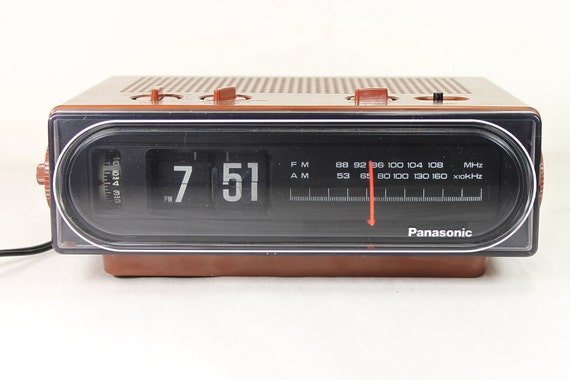 Vintage Panasonic Flip Dial Alarm Clock Radio Model Rc 6015