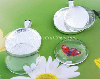 20 Pendant Trays with Glass Inserts - Bargain Bundle. 25mm Round Trays and Glass. (KITRDTRDC)