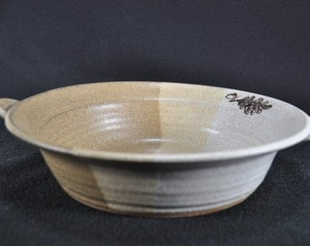 Pretty Clay Bowl with Handles in Earth Colors