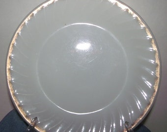 VINTAGE  FIRE KING Dinner Plates,Old Stock, Good Condition ,3 Pieces