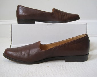 Woman's Shoes Cole Haan Size 7AA Brown Vintage