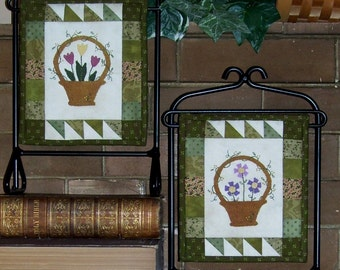 Spring Minis Pattern - Tiny Wool on Cotton Applique Pattern