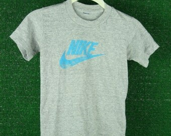 80s Vintage childs kids grey and blue NIKE athletic tshirt tee sz 7/8