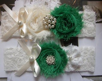 Wedding Garters / Garter / Ivory / Emerald Green / Bridal Garter / Toss Garter / Vintage Inspired / Garter Set