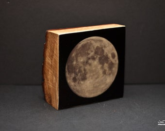 Blue Moon - glow in the dark
