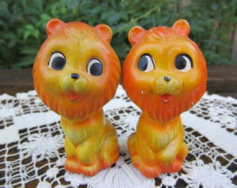 Vintage Lion Couple Salt and Pepper Shakers