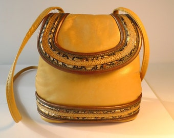 Beautiful soft leather shoulder strap bag.  Lightweight and in prestine condition.