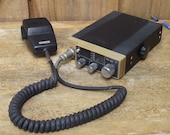 Uniden PC 33 CB Radio