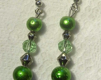 "Cynthia Lynn ""Flying Colors"" GREEN CRYSTAL & Glass Pearl EARRINGS - 2 inches"