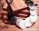 Black Ombre Porcelain necklace 1980's hipster vintage