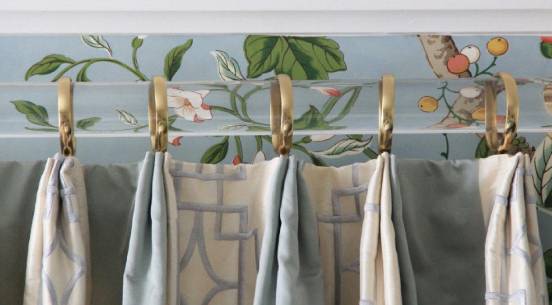 Acrylic curtain rod -  Zoom