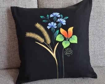 "Estonian national ""Muhu"" wollen handmade embroidery pillow"