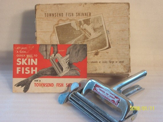 Vintage townsend fish skinner for Skin it fish skinner
