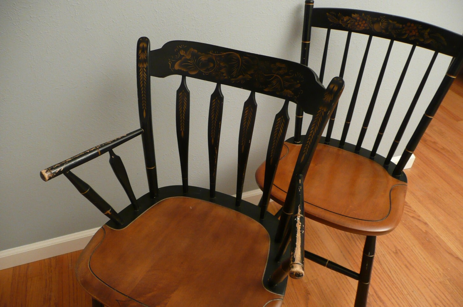 Pair of vintage hitchcock chairs for Furniture furniture furniture