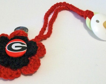 Fun Hand Crocheted Flower Shaped Georgia Bulldogs Inspired Button Pacifier Clip