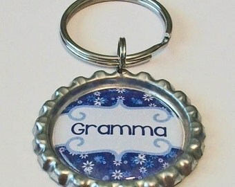 Blue and White Daisy Gramma Grandmother Metal Flattened Bottlecap Keychain Great Gift