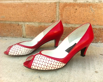 AMALFI by RAUGONI Red Leather Pumps - Size 6