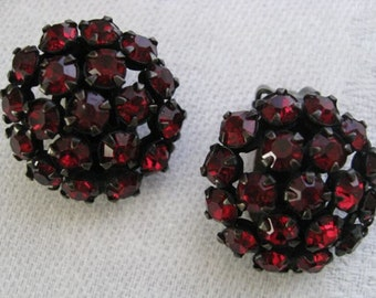 Glamorous Vintage 1940's Red Czech Rhinestone Earrings Clip ons
