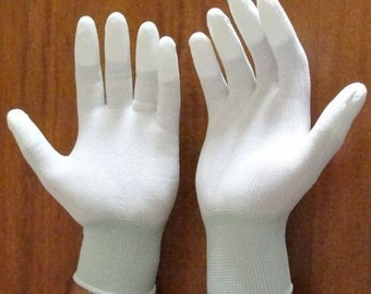 Quilter's Gloves 'FINGERTIP HIGH GRIP' For Quilting, Free Motion, Thread Painting and much more