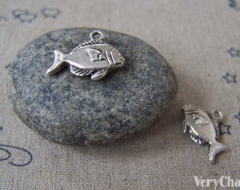 20 pcs of Antique Silver Lovely Salmon Fish Charms 10x18mm A4625