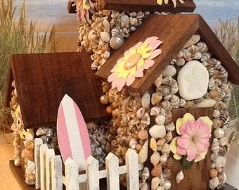 Seashell Coastal Cottage - Beach Hut - Pink & Yellow
