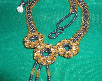 American Beaded Single Strand Vintage Necklace