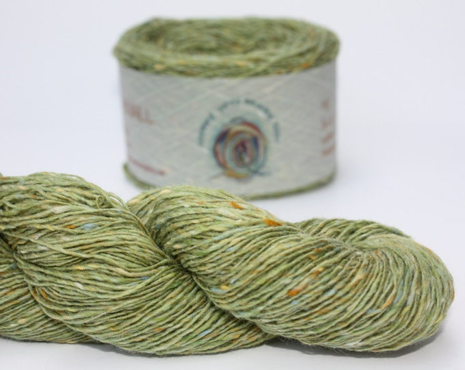Spinning Yarns Weaving Tales - Tirchonaill 550 Green 100% Merino for Knitting, Crochet, Warp & Weft