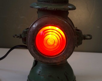 "Steampunk / Industrial style desk lamp ""The Driver"""