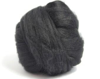 Black De-haired Llama Top / Roving - Spinning Fibre / Fiber - Felting
