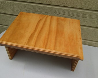 Unique Lap Desk could also be used as a table top Lectern.