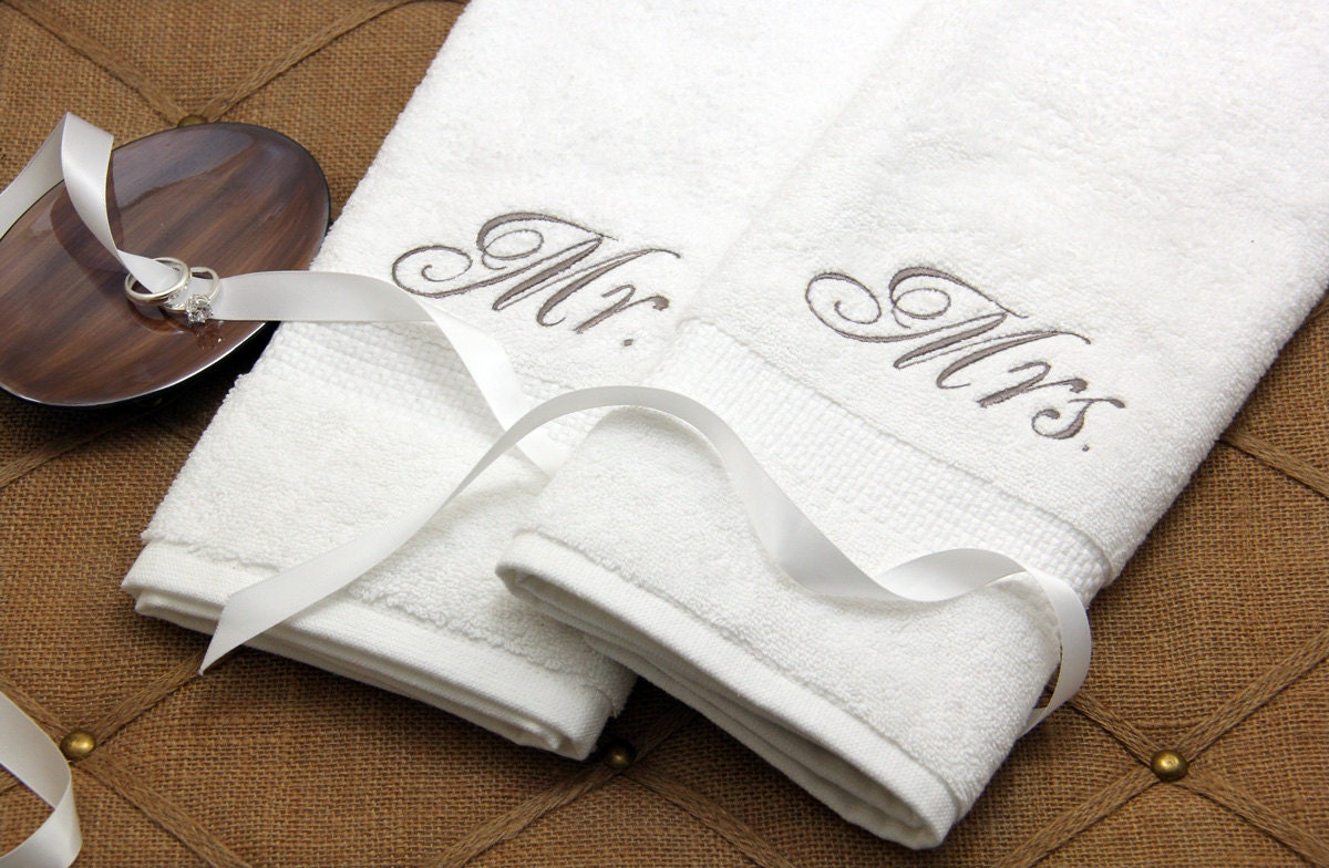 Mr and mrs bath towels for Mr and mrs spa
